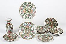 CHINESE PORCELAIN ROSE MEDALLION COLLECTION - Comprising one 7