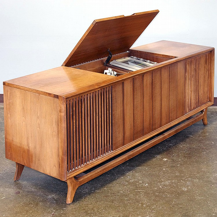 VINTAGE CONSOLE STEREO   Packard Bell Model RPC 92 With Walnut Cabinet, Lift