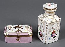 TWO ANTIQUE PORCELAIN CONTINENTAL ITEMS - Both are likely Old Paris porcelain. Includes a rectangular hinged box decorated with bow ...