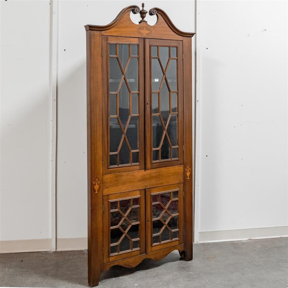 CORNER CABINET   Colonial Style American Mahogany With