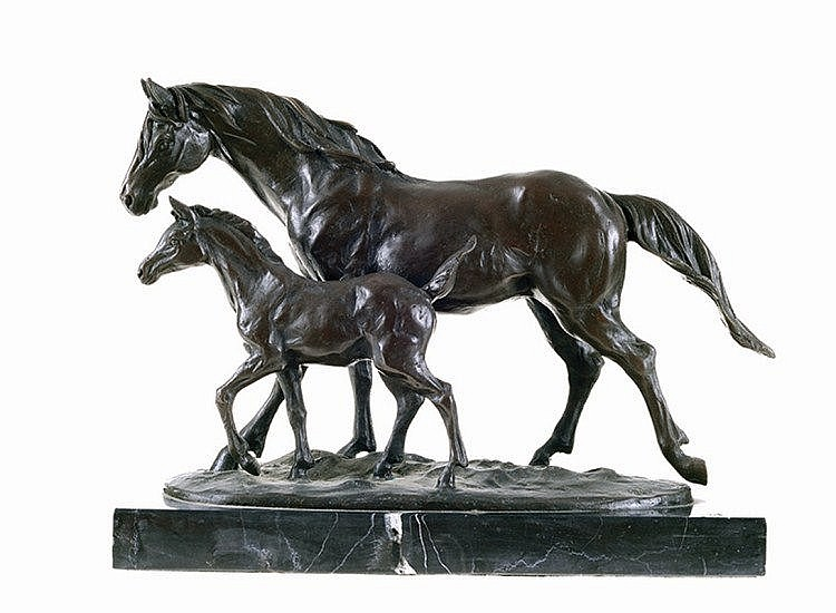 Milo Bronze sculpture with black marble base, 2 horses, signed Milo.