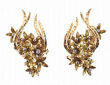 Yellow gold pair of earrings, bunch of flowers shapped, set with six 8/8 cut diamonds. Hallmarked.