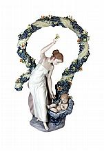LLADRO SPANISH PORCELAIN FIGURE REBIRTH 6571