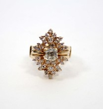 LADIES 14K YELLOW GOLD & DIAMOND RING
