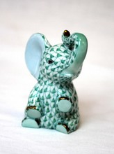 HEREND ELEPHANT SEATED SAFARI COLLECTION