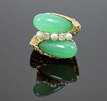 EXQUISITE CHINESE EMERALD GREEN JADEITE 14K RING
