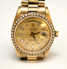 GENTS 18K ROLEX PRESIDENTIAL WATCH w DIAMOND BEZEL