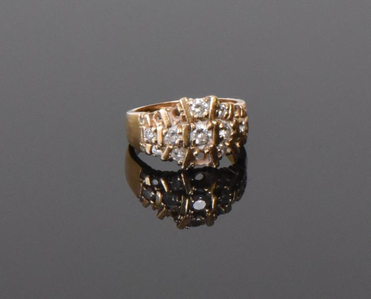 Vintage 14k Gold And Diamond Ring. Weight: 0.
