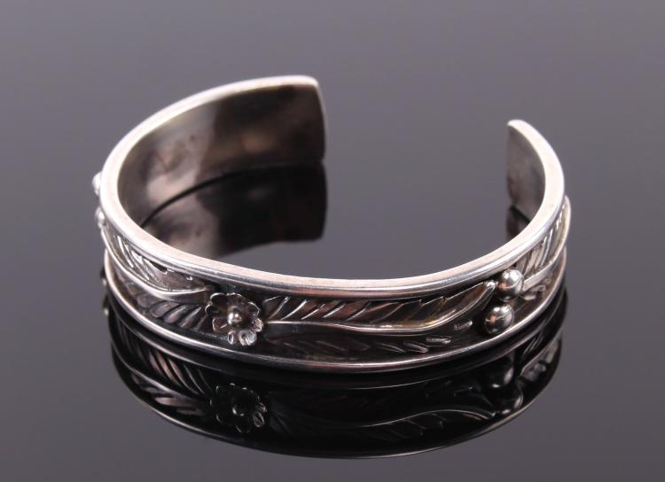 Sarah Chee, Navajo Sterling Silver Cuff Bracel