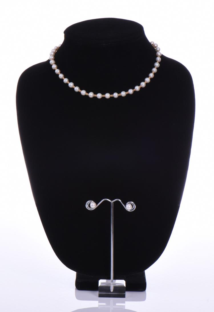 14k Gold Pearl Necklace And Earrings. Base Sta