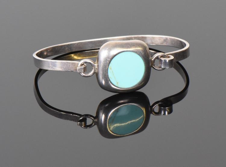 Turquoise 925 Sterling Silver Bracelet. Estim