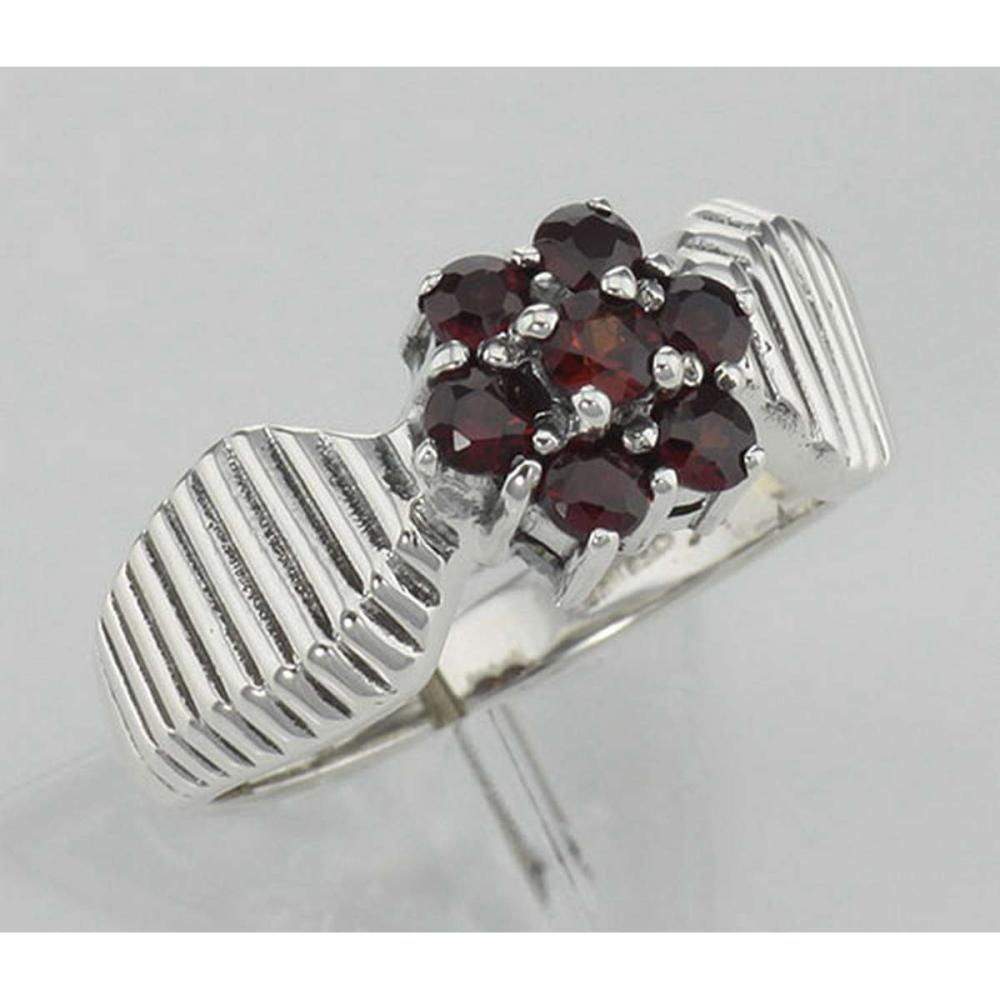 Beautiful Genuine Red Garnet Floral Design Ring - Sterling Silver #PAPPS98146