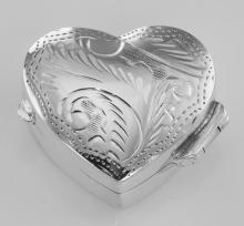 Small Beautiful Heart Shaped Sterling Silver Pillbox with Engraved Top #PAPPS98494