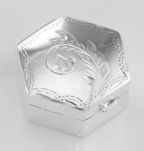Small Hexagon Shaped Sterling Silver Pillbox with Engraved Top #PAPPS98496