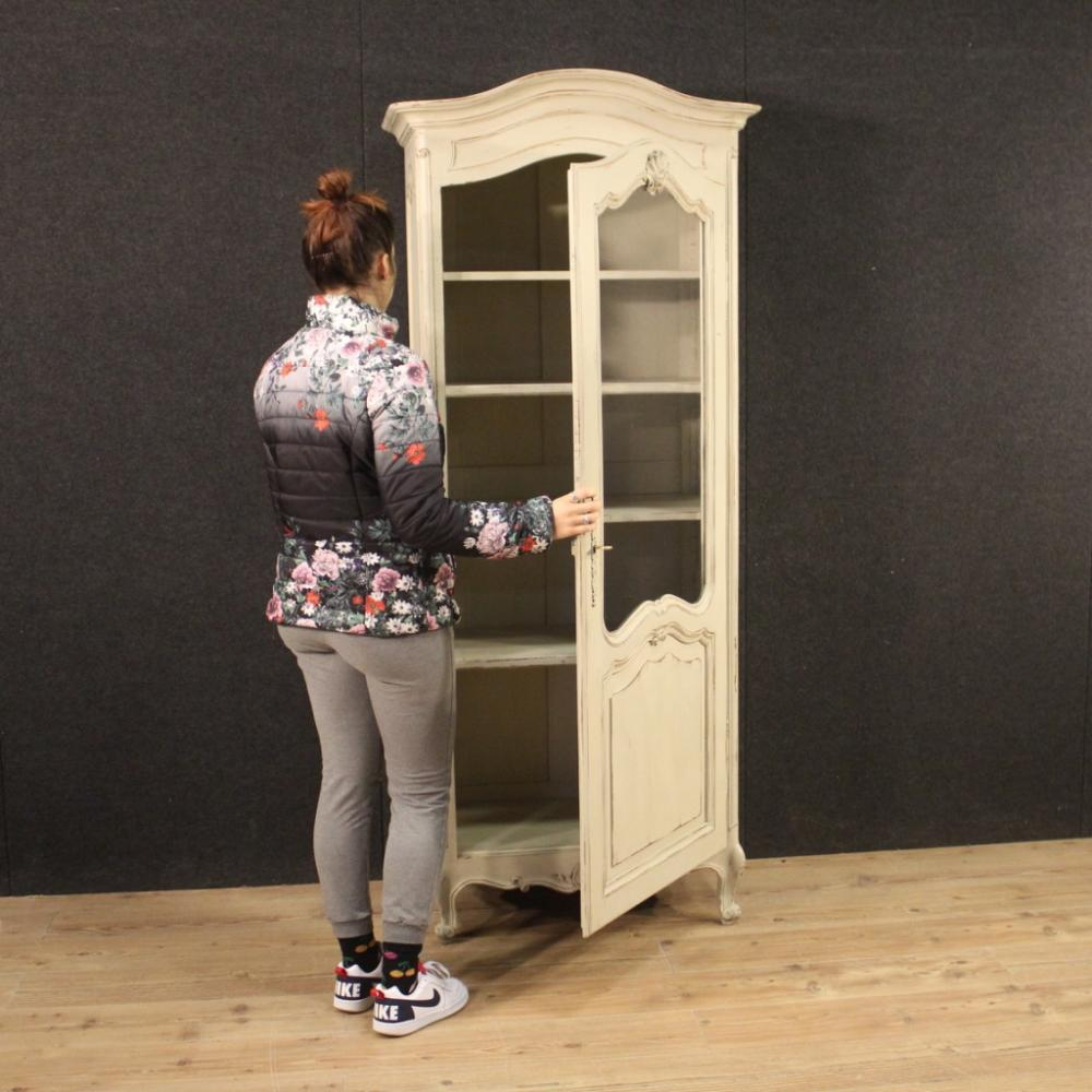 French Shabby Chic Lacquered Display Cabinet