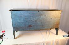 Beautiful early blanket chest in great blue paint