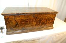 Beautiful paint decorated New England blanket box