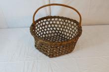 Wonderful New England cheese style basket