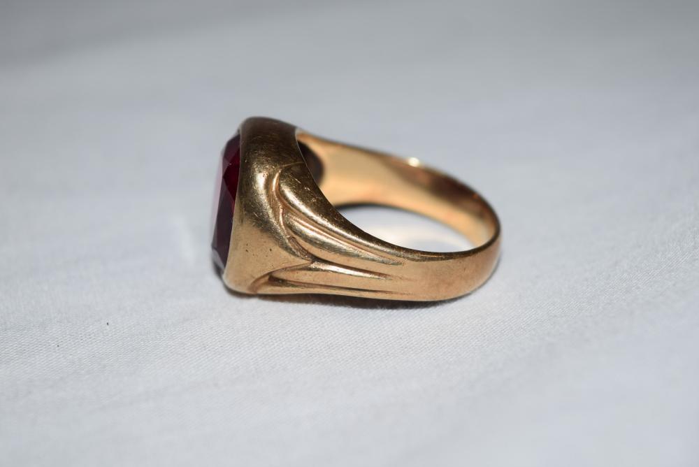 Lot of Four 10K Gold Mens Rings