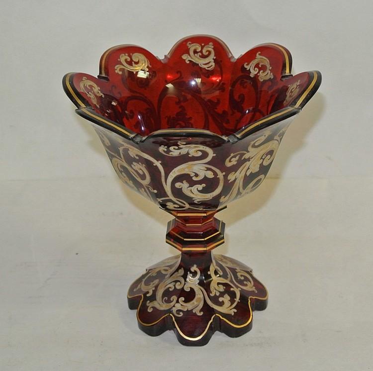 Vase overlay en verre rouge 17 x 15 cm for Decoration vase en verre