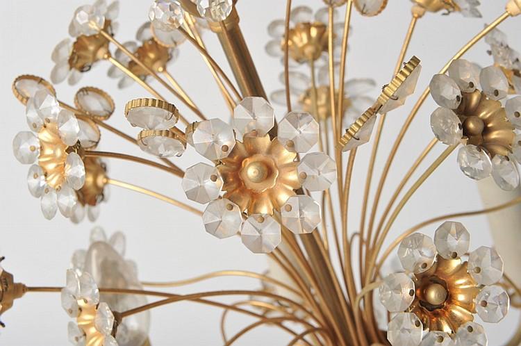 Lustre bouquet de fleurs en laiton for Bouquet de fleurs wine