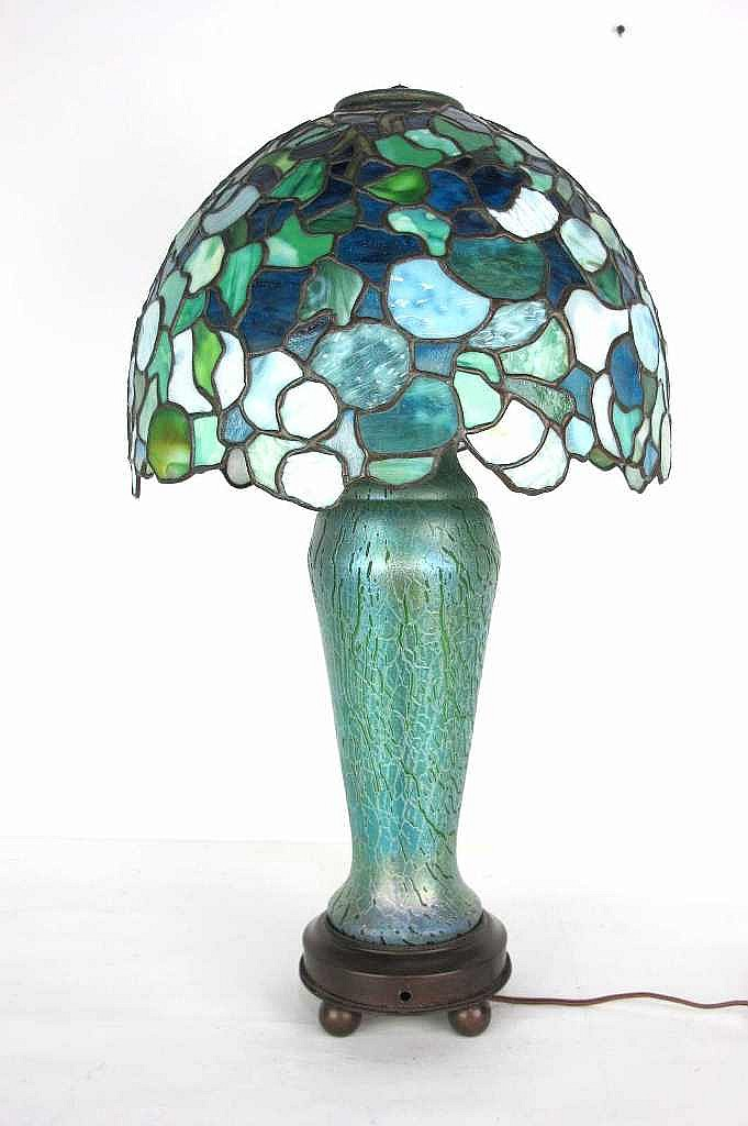 And bronze table lamp tiffany studios the shade with iridescent green - Iridescent Art Glass Amp Bronze Table Lamp