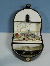 Box of 9 Silver rings, 2 pendants and a pair of earrings
