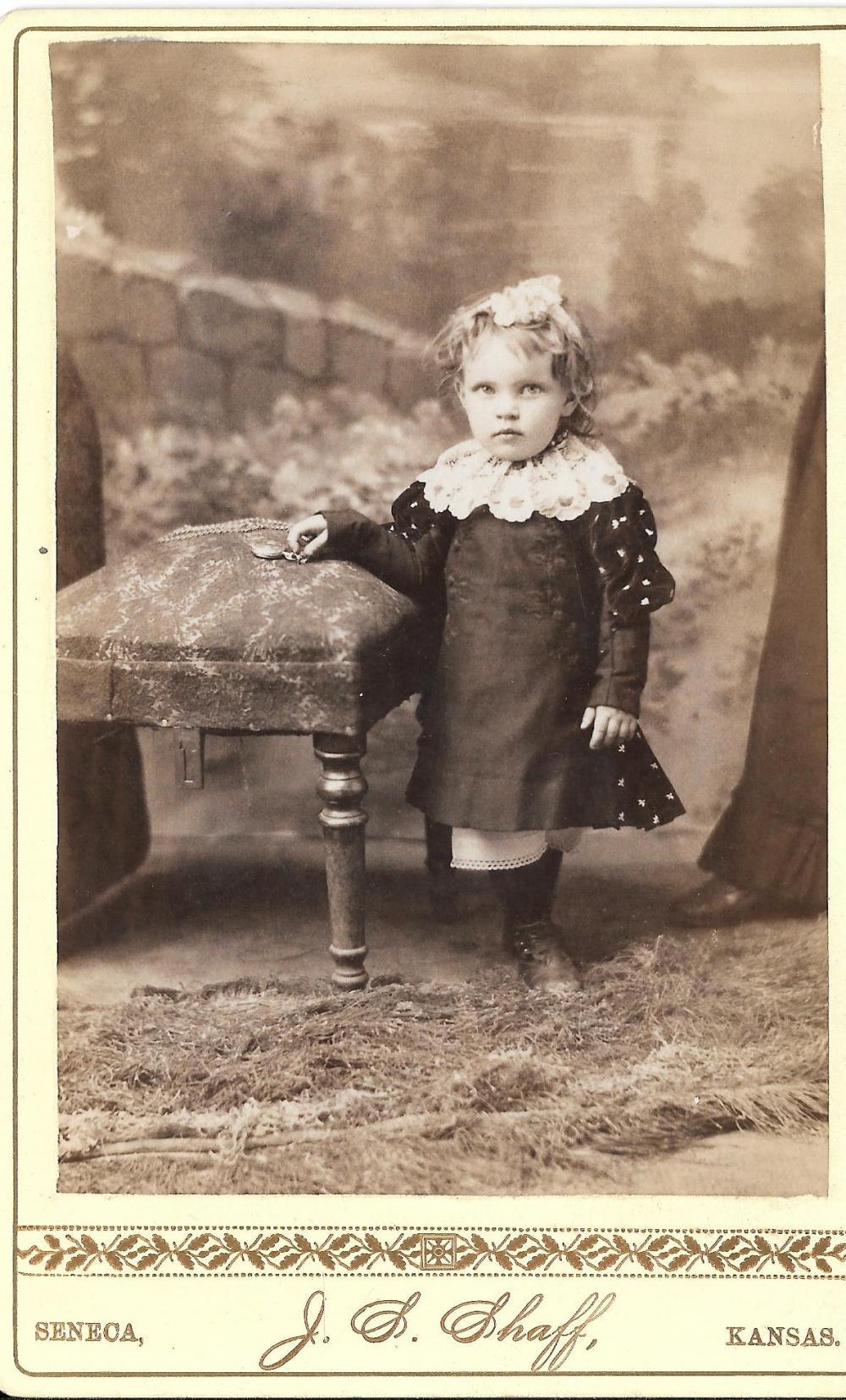 One-legged girl cabinet card, 1870s