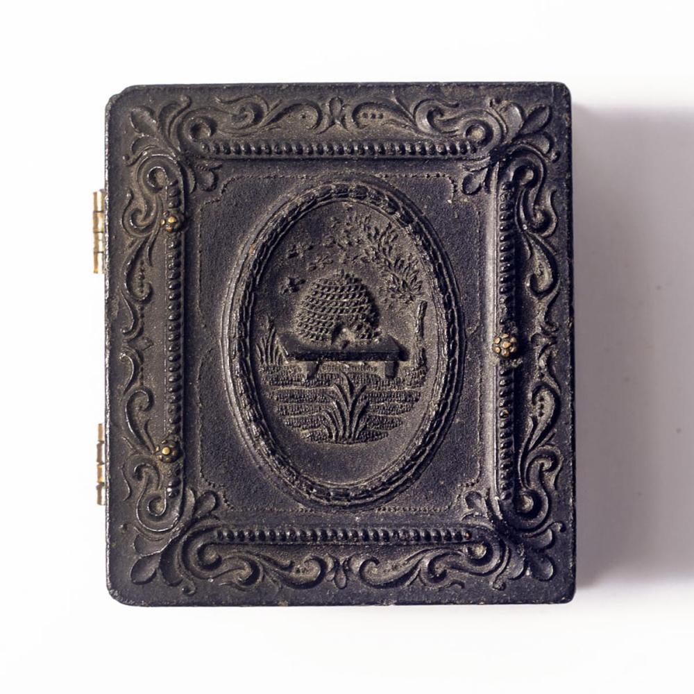 Morman beehive gutta percha 1/16th plate case