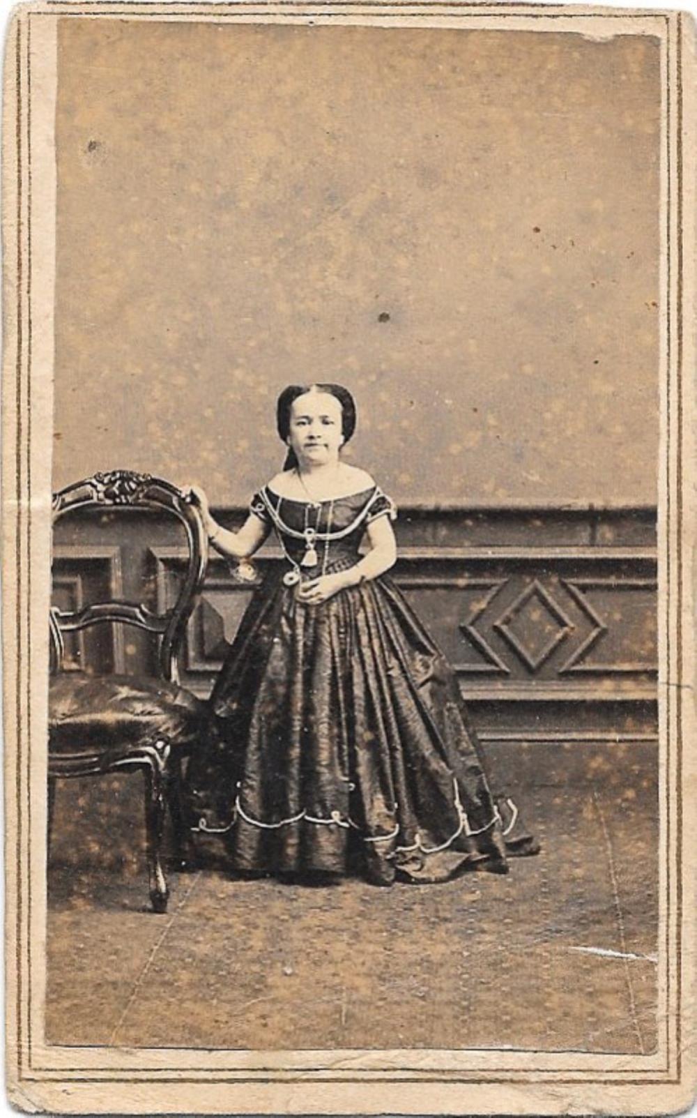 CDV of Lavinia Warren, wife of General Tom Thumb