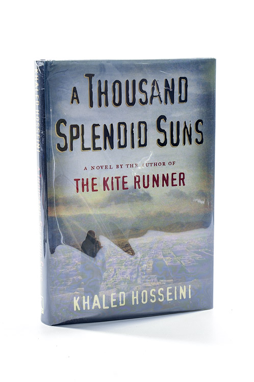 a review of khalid hosseinis a thousand splendid suns In this course, binati has discussed another tear jerker by the feels-genius khaled hosseini where we not only get to experience the horrors of a refugee nation but we also get an insight into the life of a women overshadowed by centuries of misogyny (& the small ways she fights back.