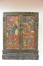 Late Ming Period Chinese antique cabinet