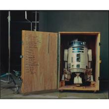 "ANNIE LEIBOVITZ - R2-D2 on the set of ""Star Wars: Episode II, Attack of the Clones"", Pinewood Studios, London, 2002"