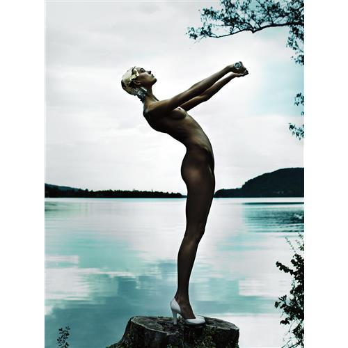 MARIO TESTINO - Karlie Kloss, Austria, American Vogue, 2013