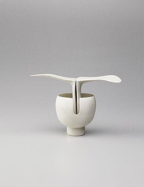 Winged pot, 1989