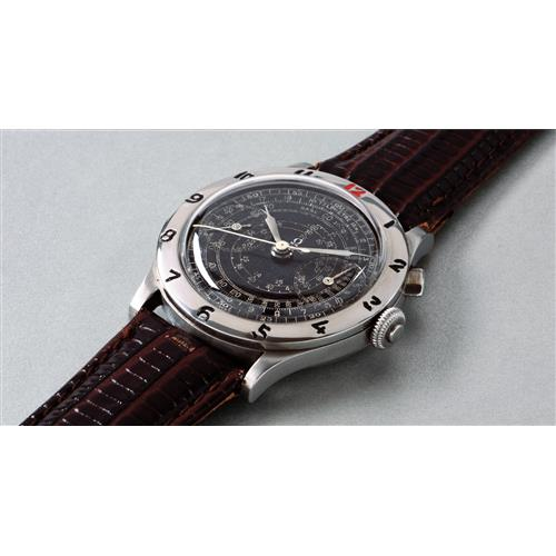 OMEGA - A rare, large and attractive chronograph wristwatch with black dial and calibrated bezel, 1938