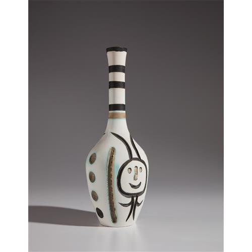 PABLO PICASSO - Engraved bottle (Bouteille gravée), 1954