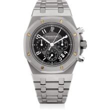 AUDEMARS PIGUET - A fine and rare sandblasted titanium special edition chronograph bracelet watch with date, cufflinks, keychain, penknife, paperweight, leather travel bag and bracelet made from spare links, made exclusively for the Paris boutique, l