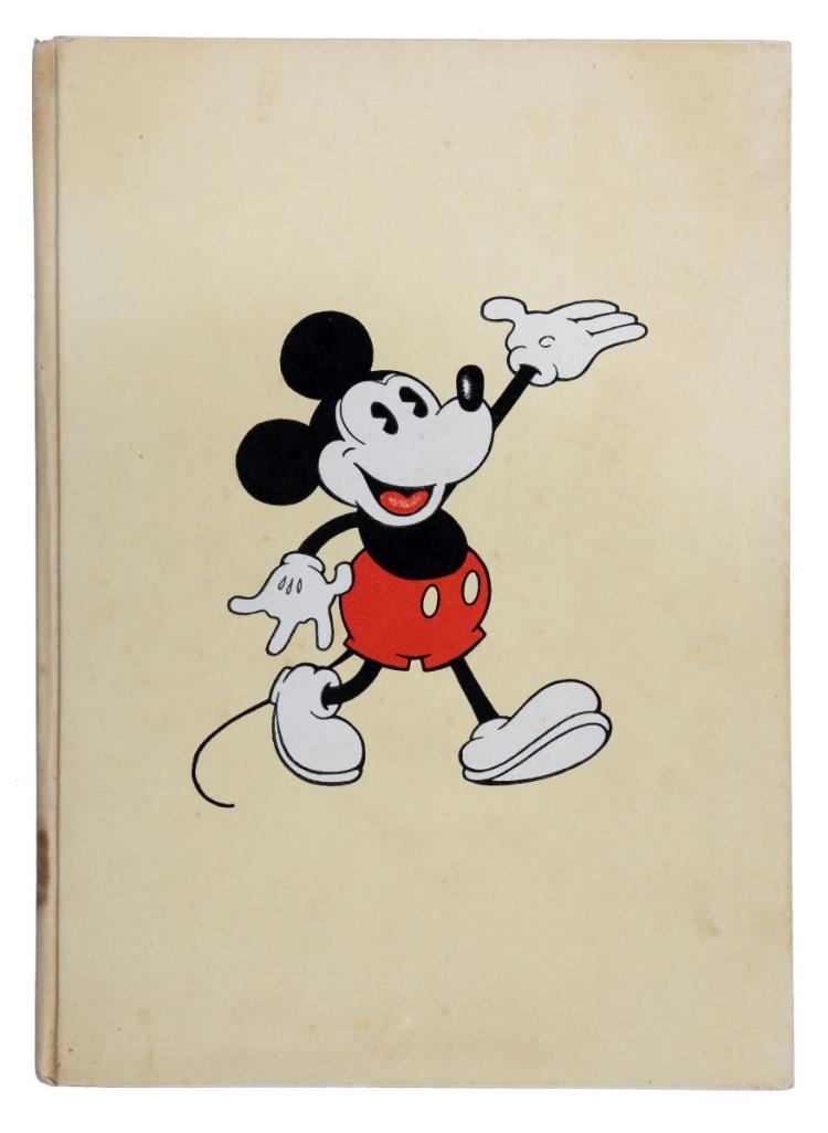 Disney Walter. Le avventure di Topolino (Mickey Mouse) Storielle e illustrazioni dello Studio Walter Disney N. 1. Torino: Frassinelli tipografo editore, 1933.
