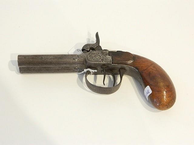 Pistolet avec chien à double canon, début XIXe, poinçonné[E - LG], l. 19 c