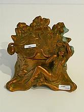 Boîte à bijoux d'époque Art nouveau, intérieur capitonné, circa 1900, régul