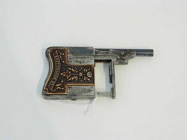 Petit pistolet de poing, modèle