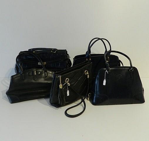Beau lot comprenant : un grand sac Jacques Esterel en cuir noir ; un sac Fr
