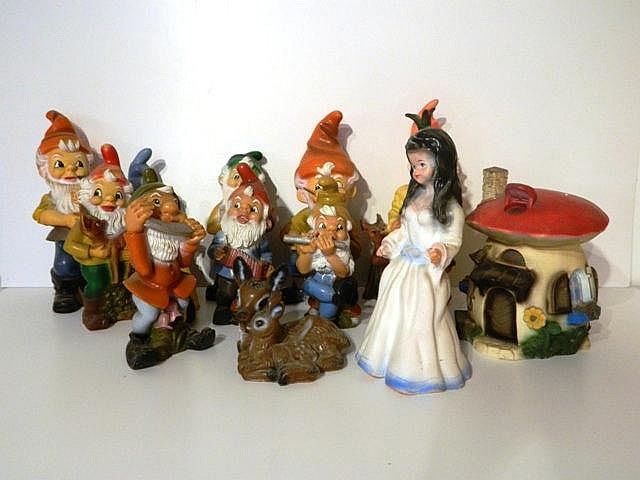 GÖTZ (made in germany), ensemble de 14 figurines Blanche-Neige et les Sept