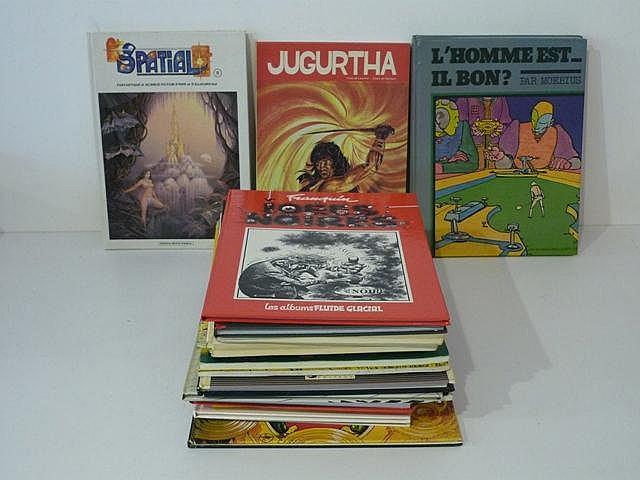 Ensemble de 24 albums : 6 Spatial, n° 3 à 7 et le n° 11 [bon état] ; 2 albu