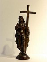 Christ, XIXe, bois sculpté à patine foncée, h. 52 cm [accidents, manques e