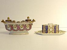 SAMSON Encrier hexagonal à décor floral polychrome, XIXe, porcelaine, marqu