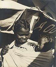 Therese Le Prat: African Mother and Child, c. 1938, silver print, on original mount