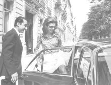Jacqueline Kennedy Onassis, Paris