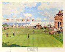 Golfing at 18th Green Royal